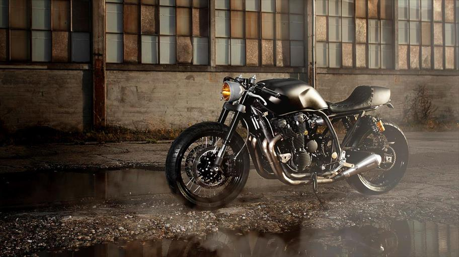 2013-Yamaha-XJR1300-Yard-Built-WRENCHMONKEES-EU-NA-Static-001_gal_full_tcm226-556174