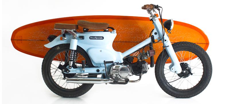 motocicleta surf